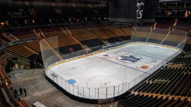 turniej-hokeja-pusty-stadion