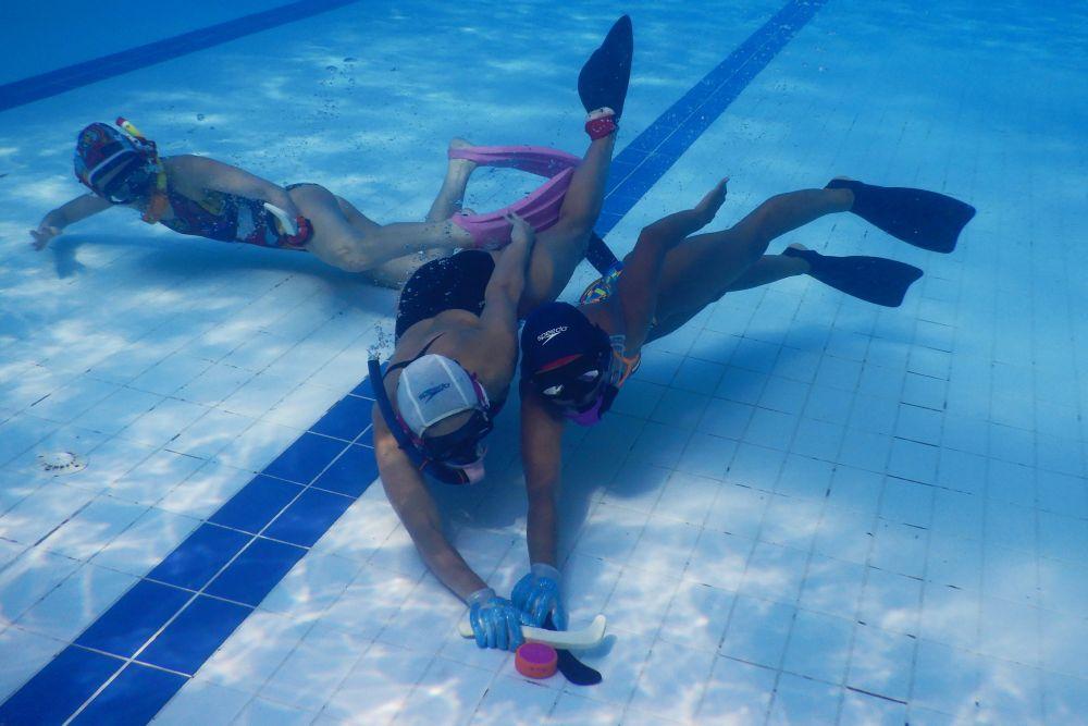 hokej-pod-wodą